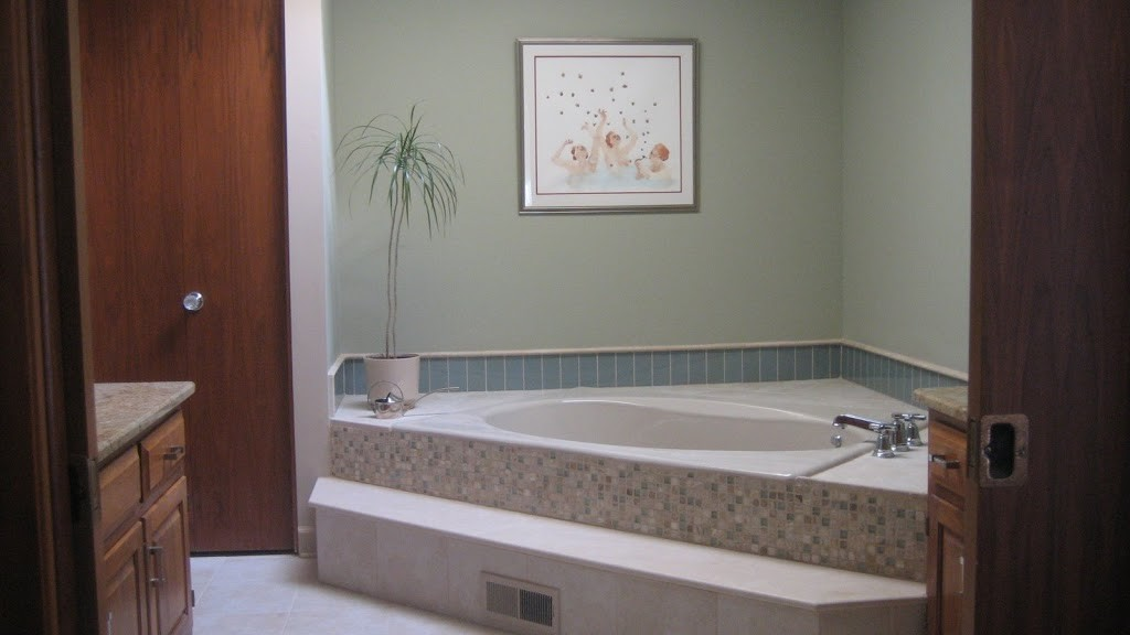 View-of-Jacuzzi-Tub-Room